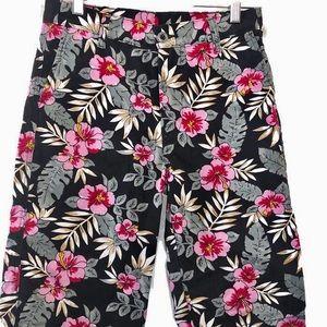 Levi's Shorts Floral Bermudas Black Pink Medium